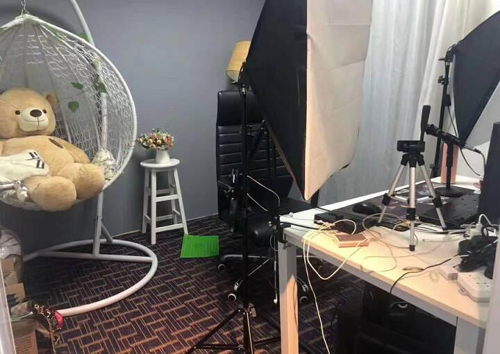 龙华民治新出精装办公室350招租,现成的直播间,可直接入驻图片8