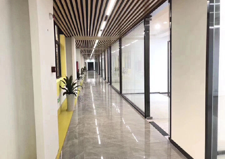 洪浪北地铁站园区办公室小面积80平可定制装修拎包入住图片3