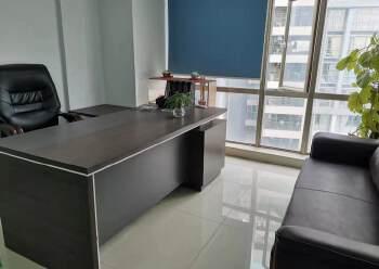 西乡精装办公室出租带家私隔间高楼层采光好图片4