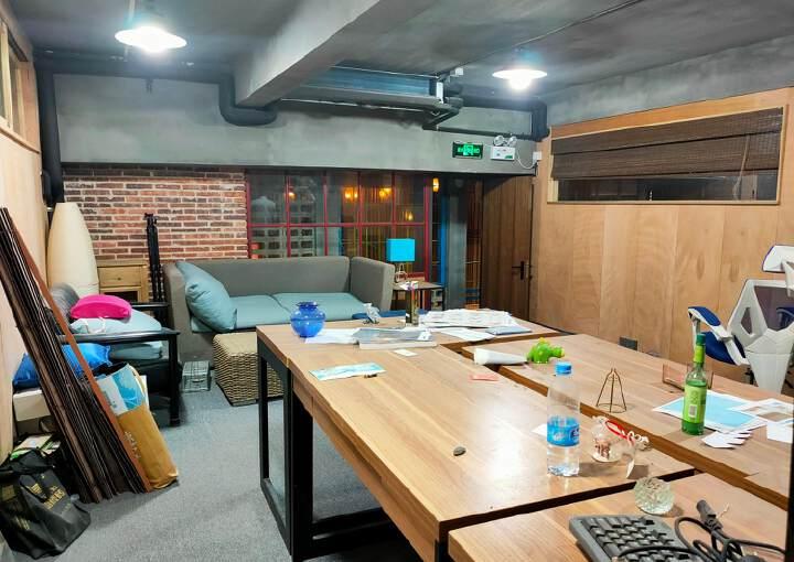 观澜影视基地现有一间100平米左右的办公室出租图片1
