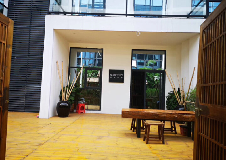 龙华明治新出一楼复式办公室,豪华装修,送135平私人花园图片1