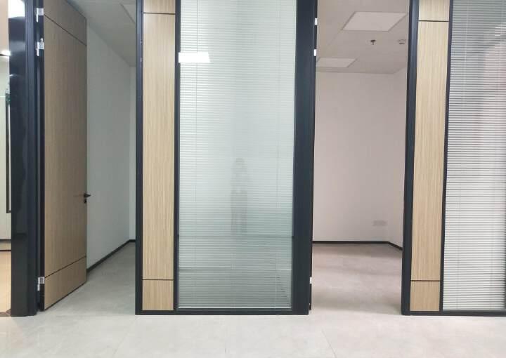 西乡银田工业区现有精装写字楼小面积108平出租图片3
