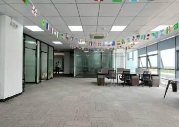 固戍地铁口800米精装办公室出租可定制装修图片5