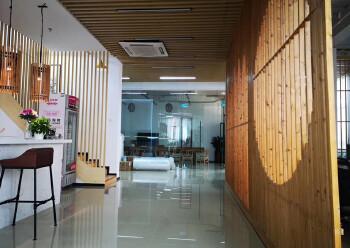 龙华明治新出一楼复式办公室,豪华装修,送135平私人花园图片4