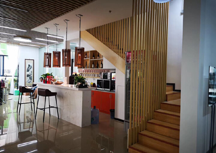 龙华明治新出一楼复式办公室,豪华装修,送135平私人花园图片9