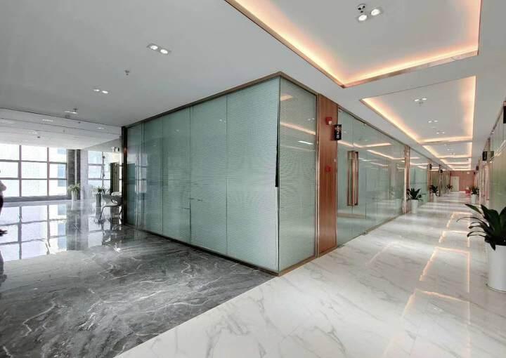 固戍地铁口800米精装办公室出租可定制装修图片1