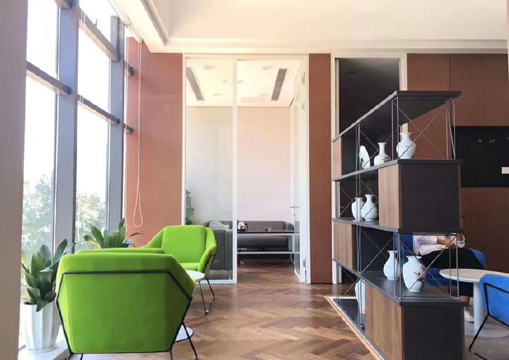 西乡银田园林式写字楼1113平带隔间配套齐全拎包办公图片8