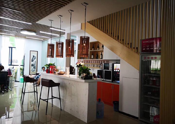 龙华明治新出一楼复式办公室,豪华装修,送135平私人花园图片5