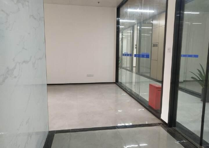 西乡银田工业区现有精装写字楼小面积108平出租图片2