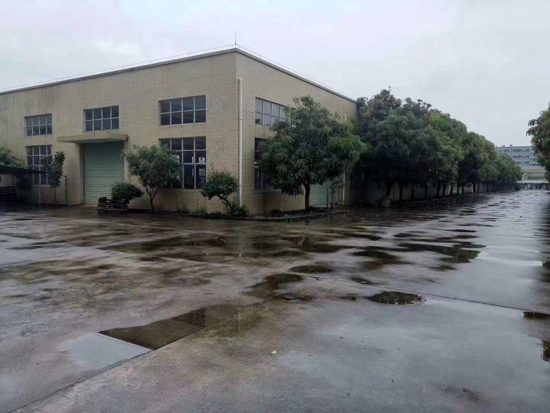 秋长新出工业园一楼1100平方米厂房仓库