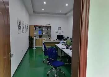 观澜楼上精装修厂房2400平20元,大气前台,办公室豪华装修图片5