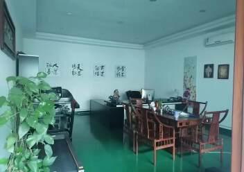 观澜楼上精装修厂房2400平20元,大气前台,办公室豪华装修图片6