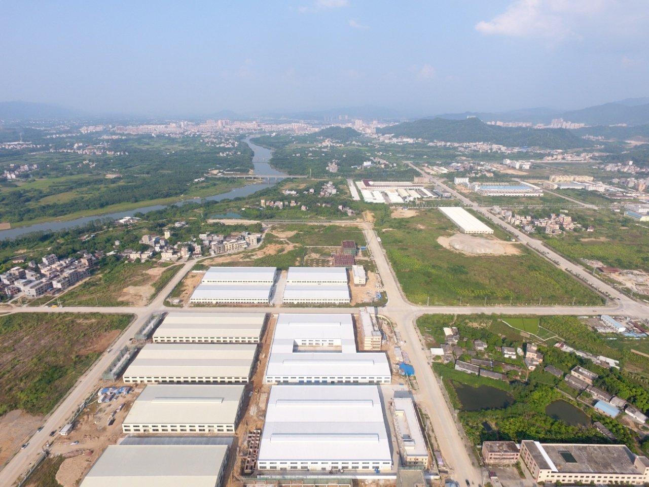 博罗特大钢结构55000平空地大办公宿舍齐全