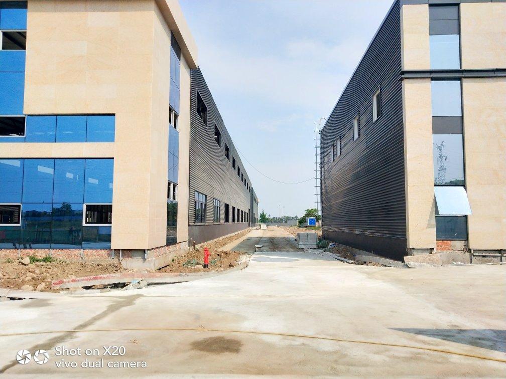 工业园万博app官方下载出售单层钢结构带牛腿带办公