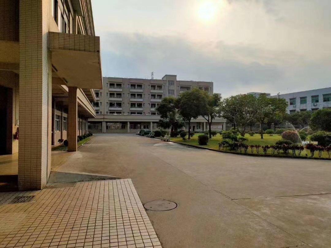 园区厂房仓库办公出租建筑总面积26000方,现成装修办公室