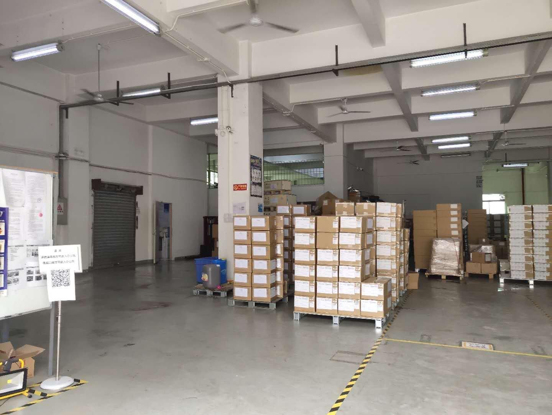 福永地铁站旁一楼1100平米物流仓库出租空地超大