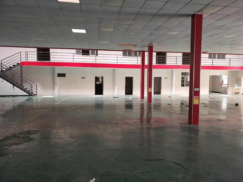 永兴工业区内一楼1500平方,全新装修,无转让费