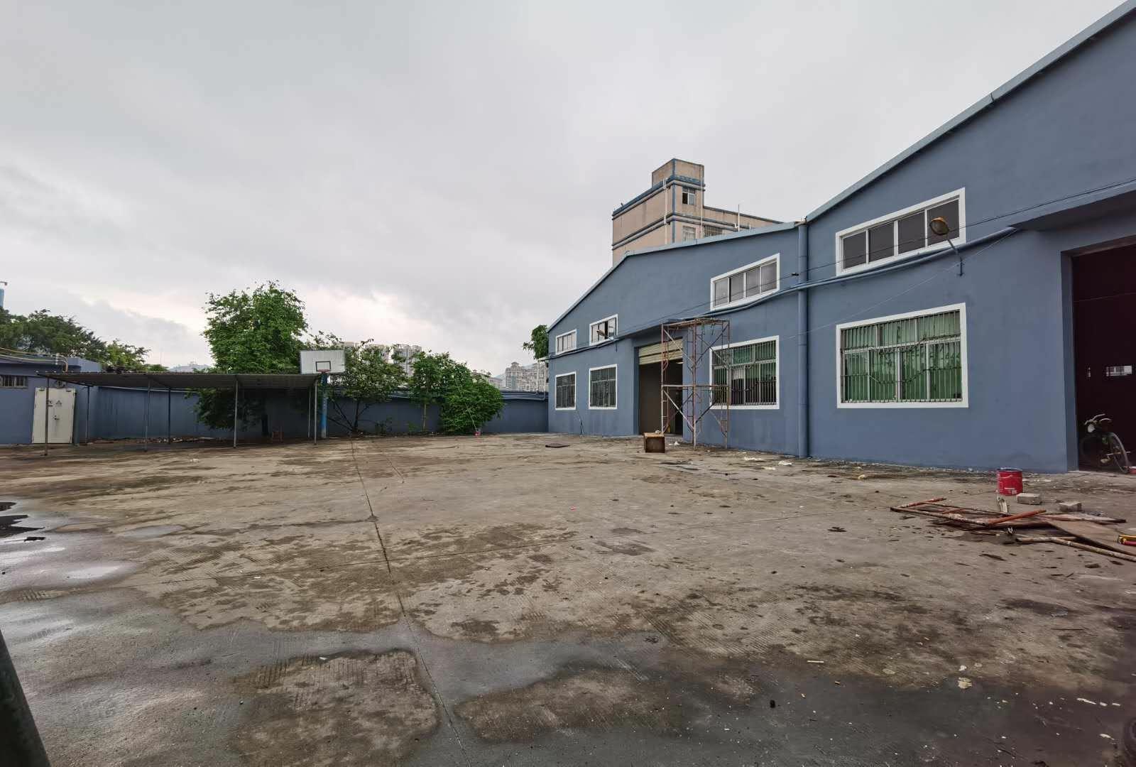 惠东县白花镇工业园区独门独院单一层万博app官方下载出租2880平方