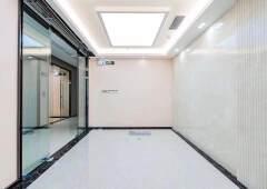 凤岗雁田甲级办公楼新出159平方米3+1格局出租