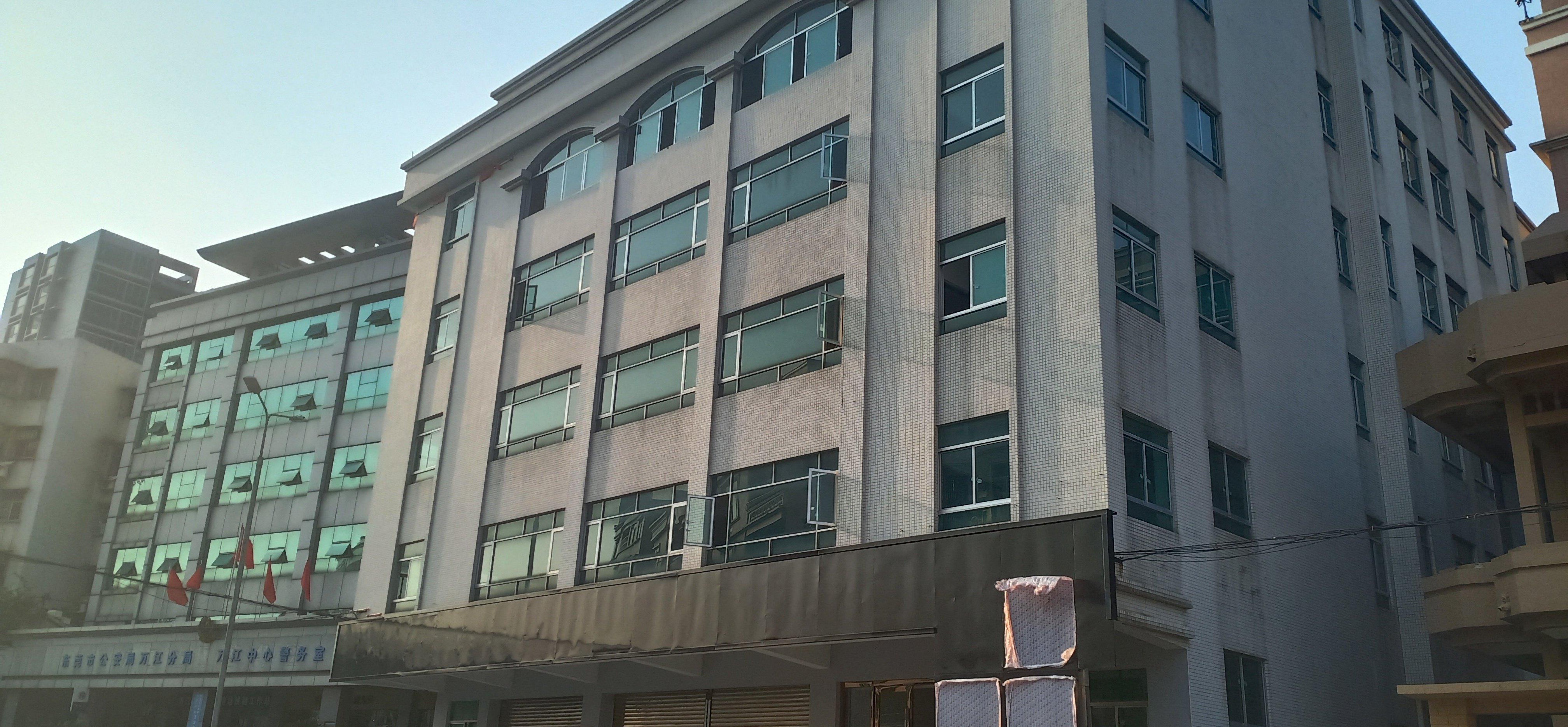 万江独栋万博app官方下载1-5层招租可做展厅有地下停车场