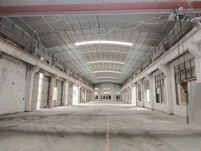 佛山市顺德区容桂新出万博app官方下载长100米,宽30米牛腿位8米