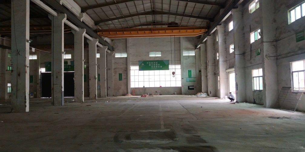 博罗新出原房东单一层厂房2300平方带四部15吨航车可办环评