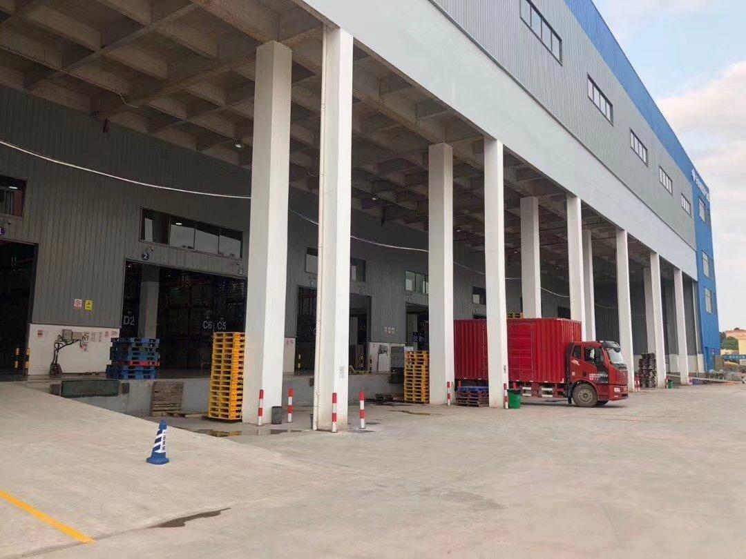 番禺区化龙食品产业园配套厂房仓库出租,中高11米,带升降平台