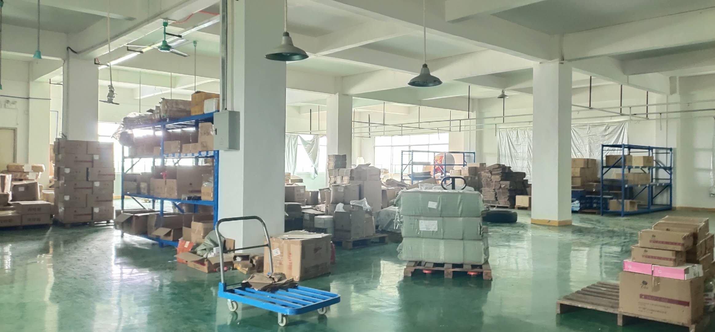 龙归工业区四楼1400平方,可进货柜车,可办环评,不是顶楼