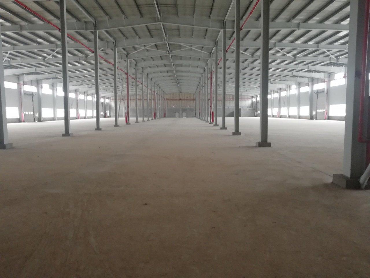 一楼钢结构25000平方厂房仓库出租适合冻库物流汽车城等行业