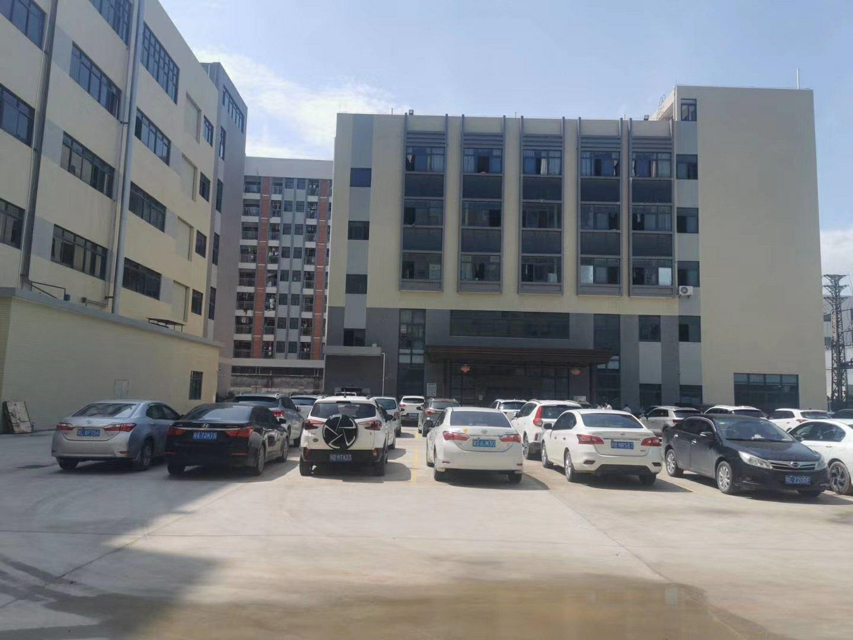 惠阳区工业区层高6.8米全新标准厂房12000平招租