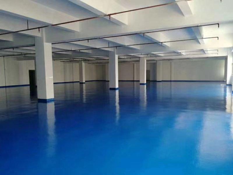 松岗燕罗路新出2楼精装修1500,全新地坪漆可分租。