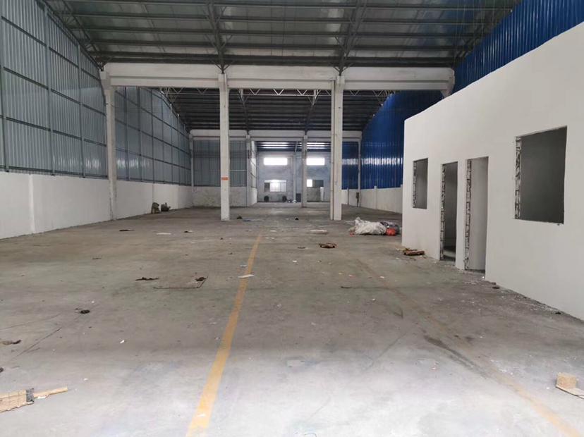 里水镇和桂工业园区1500方,滴水12米高带。现成办公室