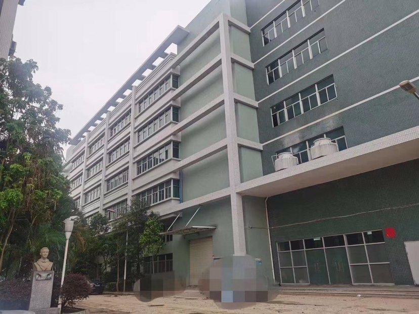 黄埔开发区东区标准厂房1-5楼共18800平出租,证件齐全。