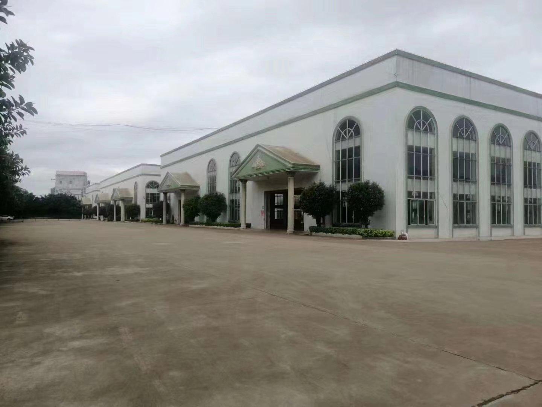 顺德原房东单层仓库,占地71575平,建筑面积50116平。