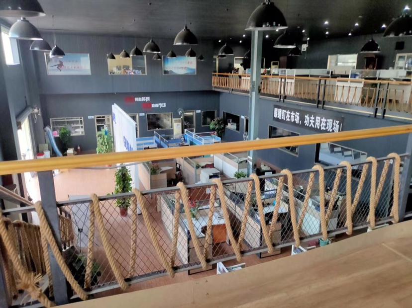 豪华装修办公室独门独院厂房出租钢构滴水7米