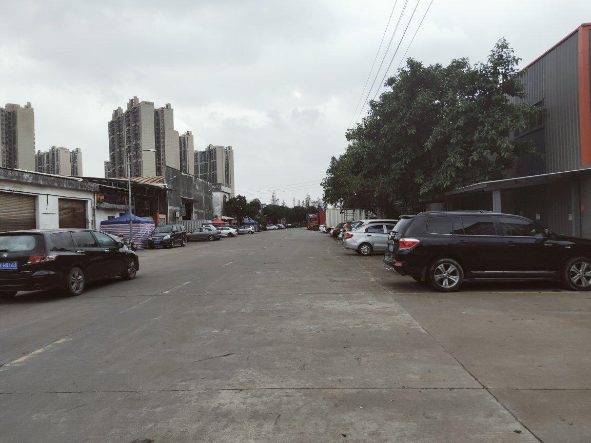 佛山明城镇高速路口附近新出原房东红本10000方万博app官方下载出租。