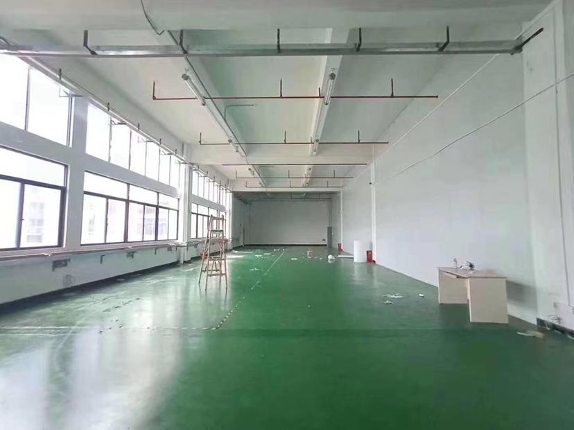 云浮高速路口全新厂房招租
