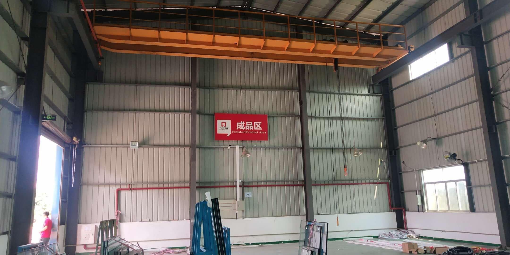 石湾工业园区国道附近精装修厂房1500平米出租