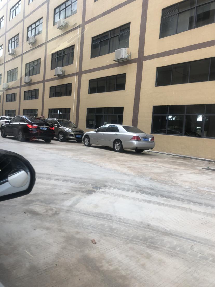 龙溪镇原房东标准厂房三楼分租约2850平2吨电梯