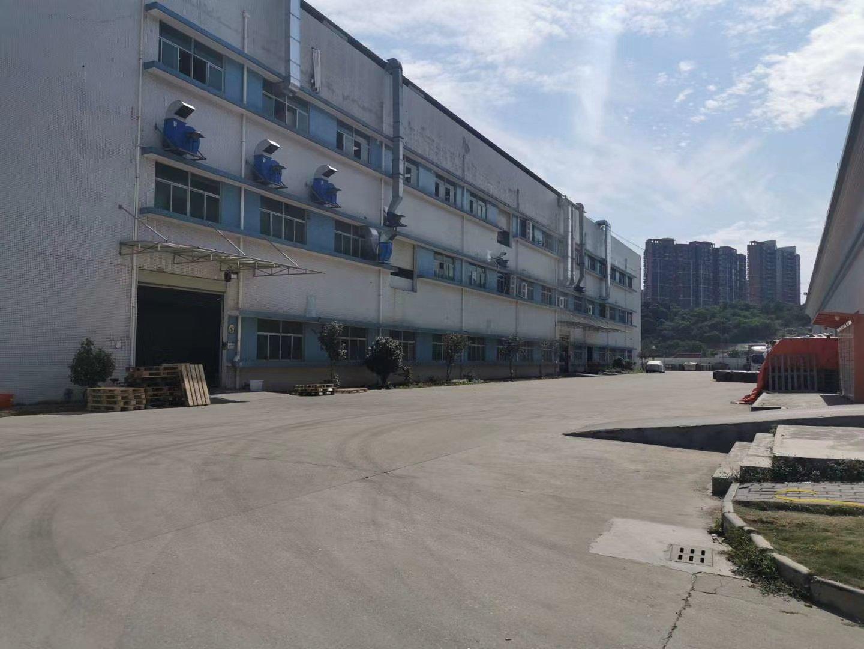 广州从化市鳌头镇占地24亩建筑6000㎡ 国有证厂房出售
