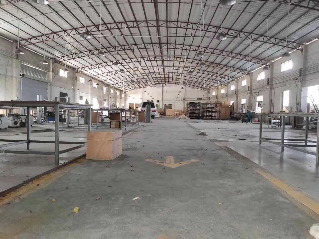 花都区花东镇独门独院厂房面积2500交通方便可进各种货车