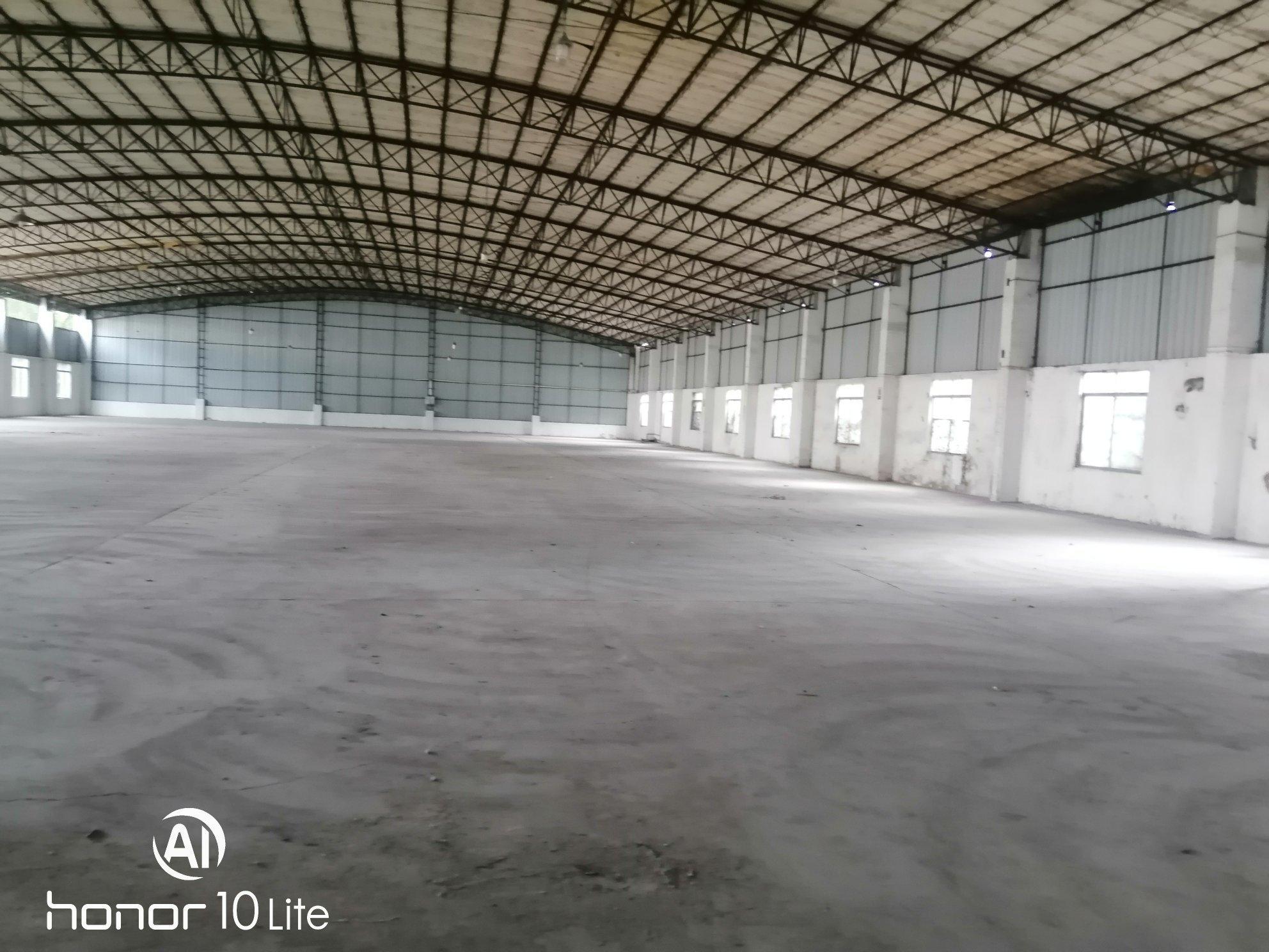 花都区新华工业区独院高台仓6820平米出租可分租