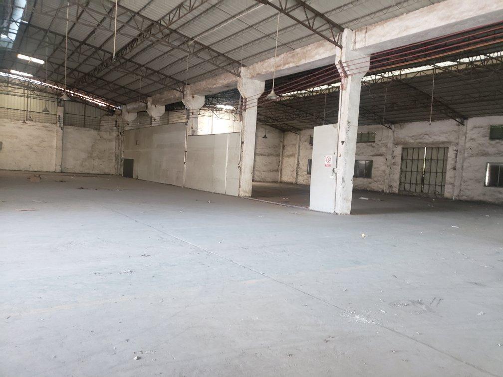 白云区人和镇新出单一层厂房出租价格便宜地段好2000平方