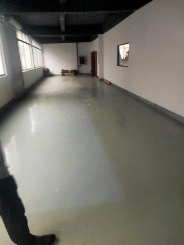 黄埔南岗107国道旁园区新出小面积厂房270平,有装修带空调