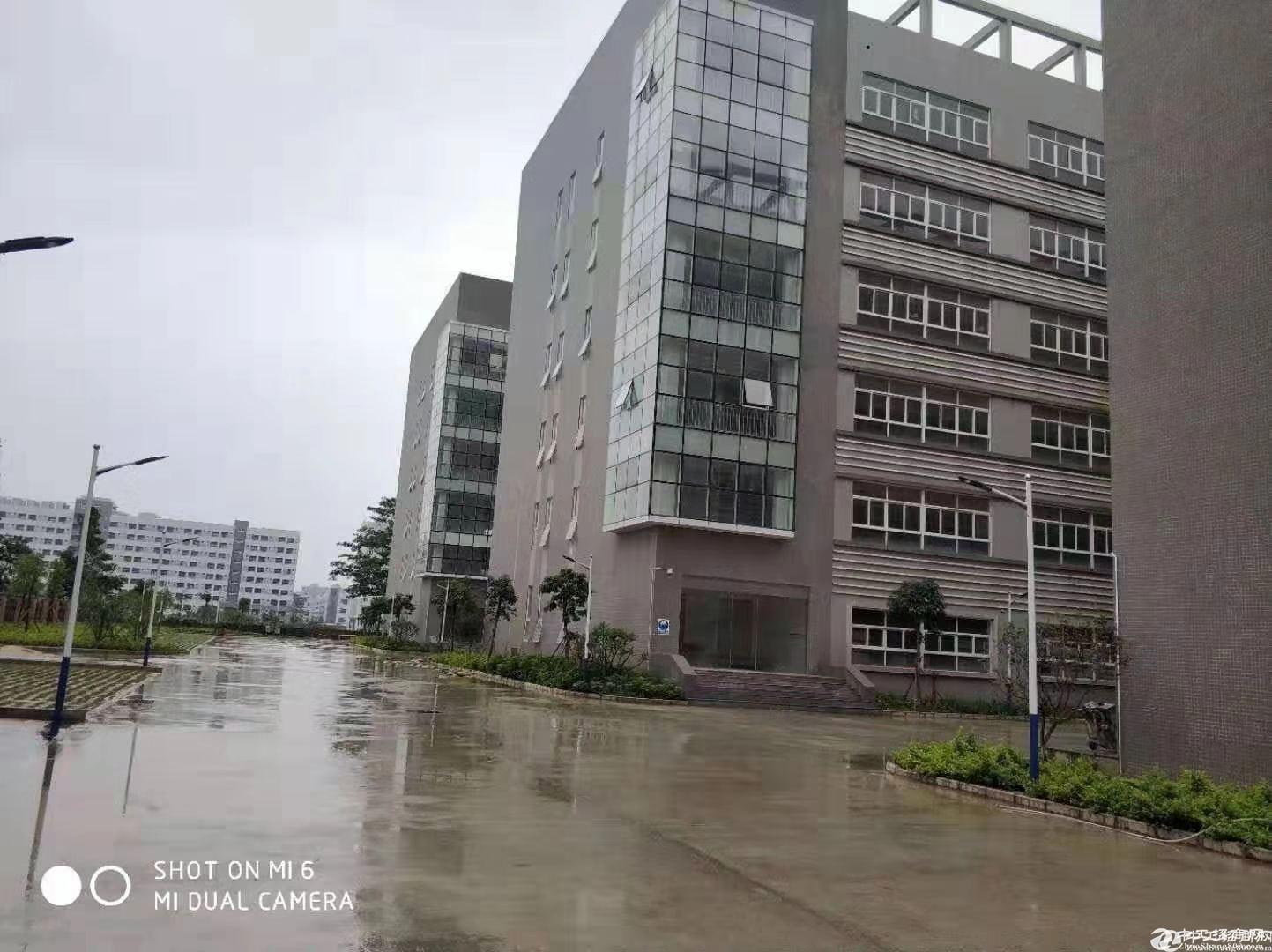 坪山厂房仓库出租1500平方带办公室装修可分租可办环评