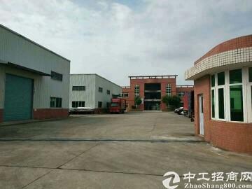 平湖平吉大道边上4800平方8米高钢构厂房仓库出租可分租