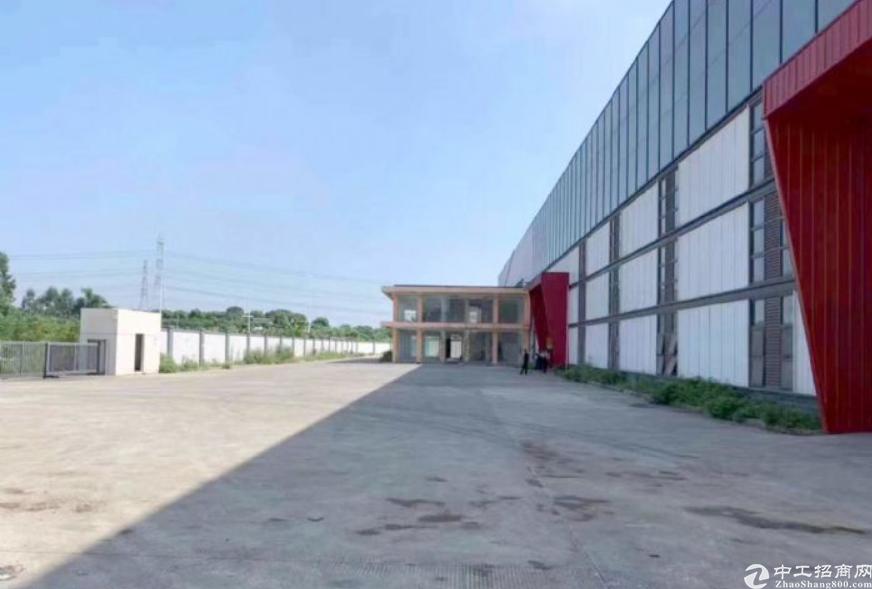 顺德杏坛高新区新出单一层钢构厂房招租2600平方,现成行车