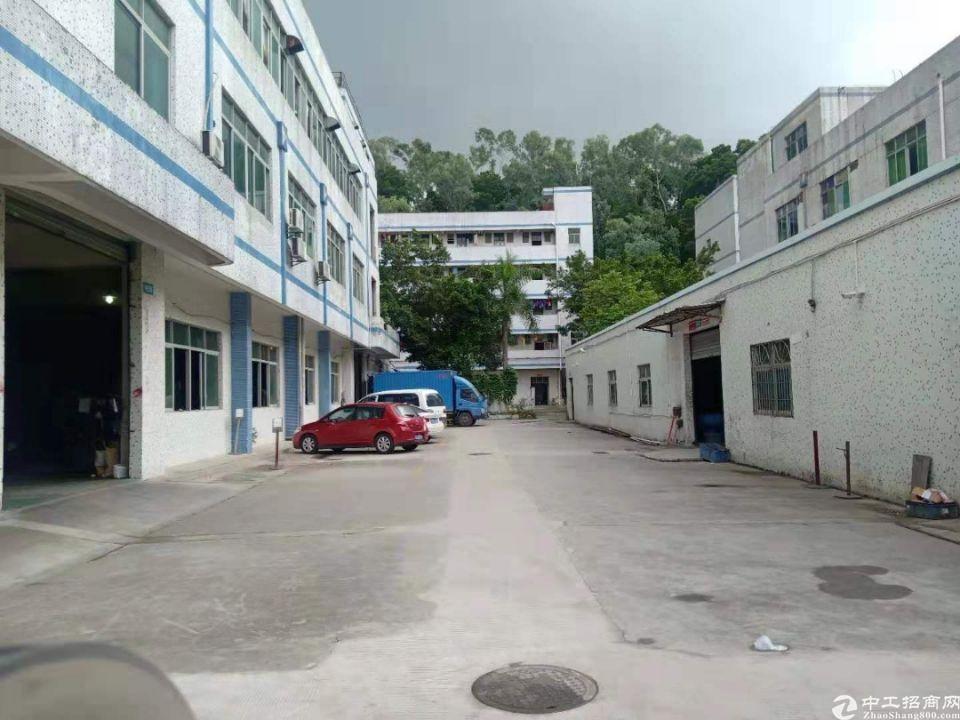 平湖清平高速出口独门独院8600平方米厂房仓库出租