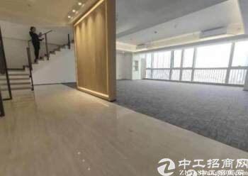 平湖华南城复式写字楼230平方带豪华装修招租图片2