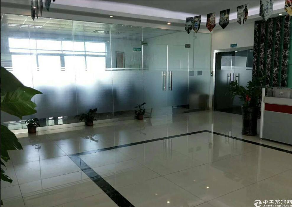 平湖华南城电商园208至2200平标准厂房仓库出租可办公